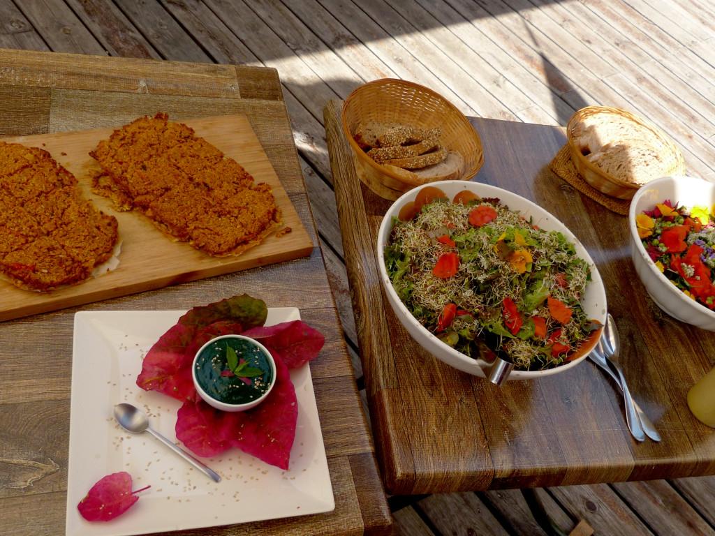 buffet salamandre restaurant manger boulc tune de l'ours vegetarien qualité legume bio cuisine cuisinier